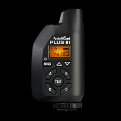 PocketWizard Plus III transceiver: front view, controls, LCD
