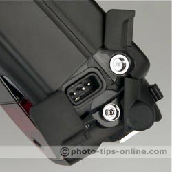 Canon Speedlite 580EX II: PC terminal, external battery connector, bracket mount