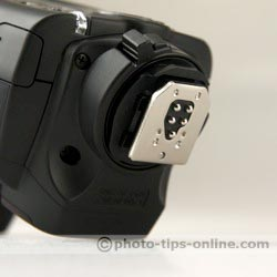 Canon Speedlite 430EX II flash: metal mounting foot
