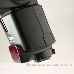 Canon Speedlite 430EX II flash: bracket fitting door