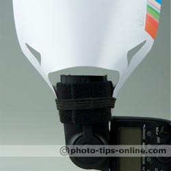F16 P45A-001 flash reflector: attached to the narrow side, vertical camera position
