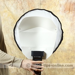 Honl Photo traveller16 softbox: compared to Demb Portrait Dish