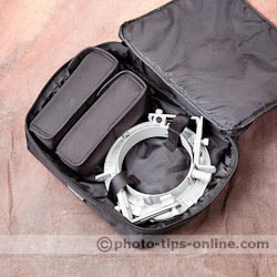 LumoPro LP739 Double Flash Speedring Bracket: carrying case takes two speedlights