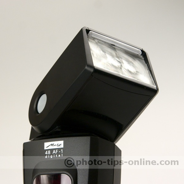 Metz Mecablitz 48 AF-1 flash: swivel and tilt