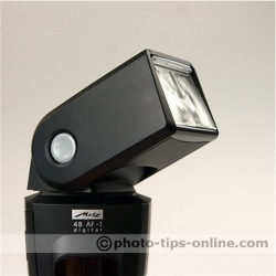 Metz Mecablitz 48 AF-1 flash: swivel and tilt head