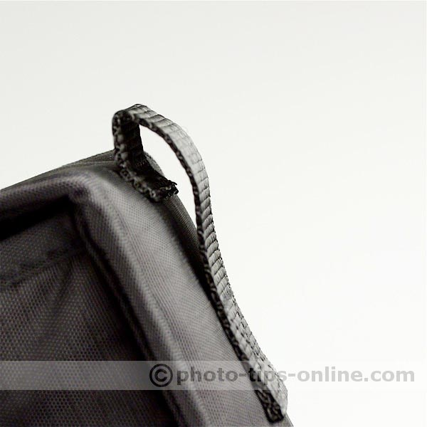 Nikon Speedlight SB-600 flash: belt loop on flash case