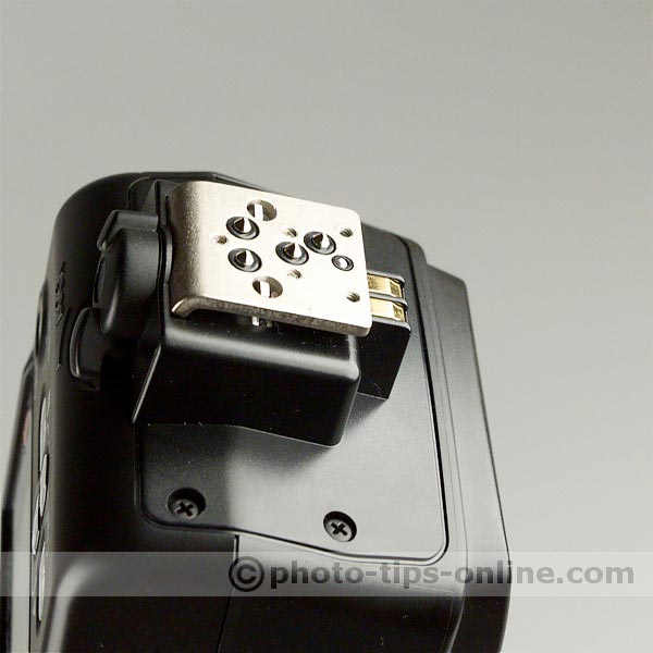 Nikon Speedlight SB-600 flash: metal mounting foot