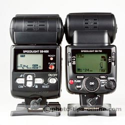 Nikon Speedlight SB-700 vs. Nikon Speedlight SB-600: back view, flashes are in standard i-TTL mode