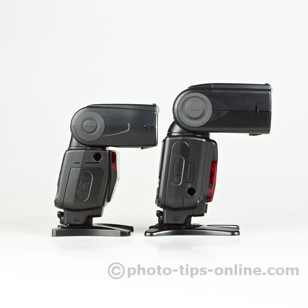 Nikon Speedlight SB-700 vs. Nikon Speedlight SB-900: side view, battery compartments