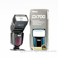 Nissin Di700 flash: next to the box