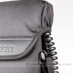 Nissin PS 8 Power Pack: case cover, feeding the cable out