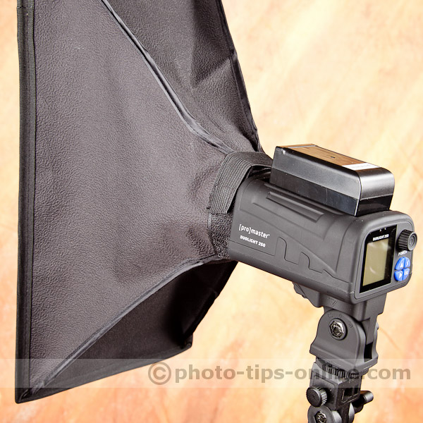 Promaster Duolight 250 hybrid flash accessories: softbox/stripbox, attachment system