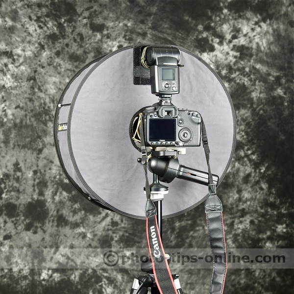 RoundFlash ring flash adapter: back view, Canon 50D, Nissin Di866 II