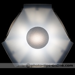 Speedlight Pro Kit 6 flash diffuser: light pattern at 24 mm flash zoom